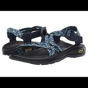 New Chaco Zvolvx women's sandals Sz 7